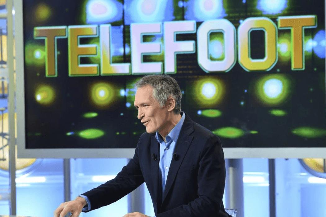 L'émission Téléfoot auparavant incontournable est en train de perdre ses lettres de noblesses