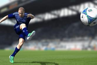 Qui de FIFA ou de PES est le meilleur ?